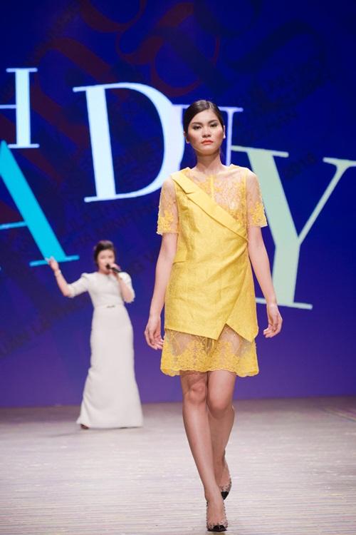 Tuần lễ thời trang Việt Nam xuân hè 2016  - Sắc màu một ngày mới 14