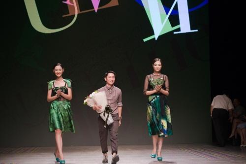 Tuần lễ thời trang Việt Nam xuân hè 2016  - Sắc màu một ngày mới 19