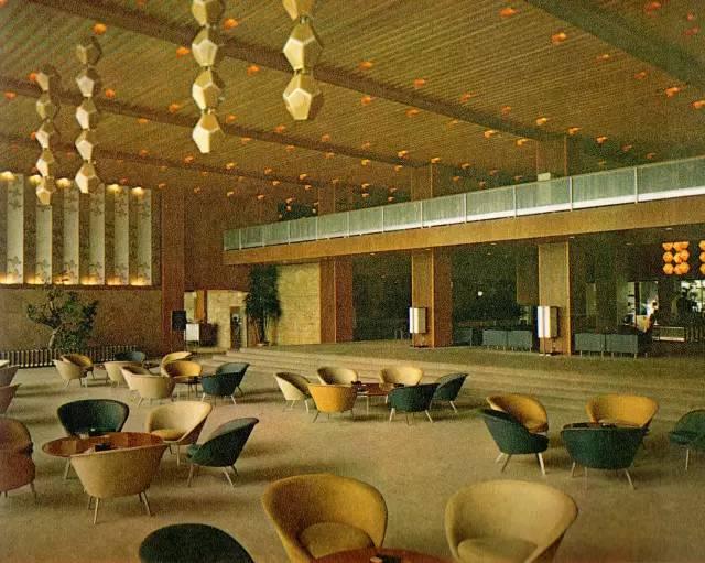 Ngắm khách sạn được yêu thích trước khi bị dỡ bỏ ở Nhật Bản 9