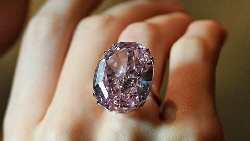 7 chiếc nhẫn kim cương nghìn tỷ đắt nhất hành tinh 1