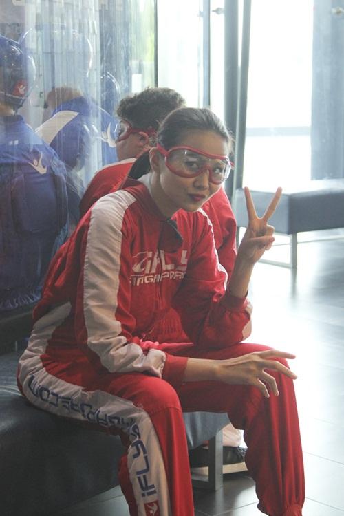 Ngắm trang phục của Thanh Hằng trong tập 9 Vietnam's Next Top Model 2015 6