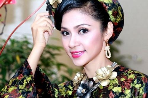 Việt Trinh và những hình ảnh đi cùng năm tháng 10