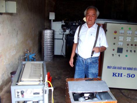 Người chế tạo ô tô đi từ Hải Phòng lên Hà Nội bằng nước lã là ai? 1