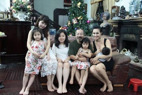 Dung nhan người vợ trẻ thua 32 tuổi của NSND Lê Hùng 5