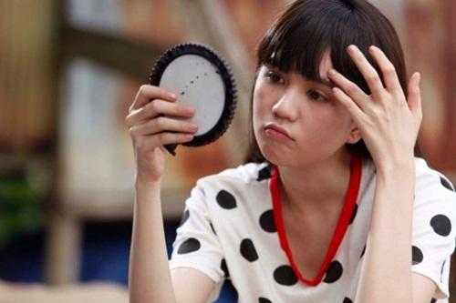 Facebook sao Việt: Ngọc Trinh lại tự hào quá đà về nhan sắc 1