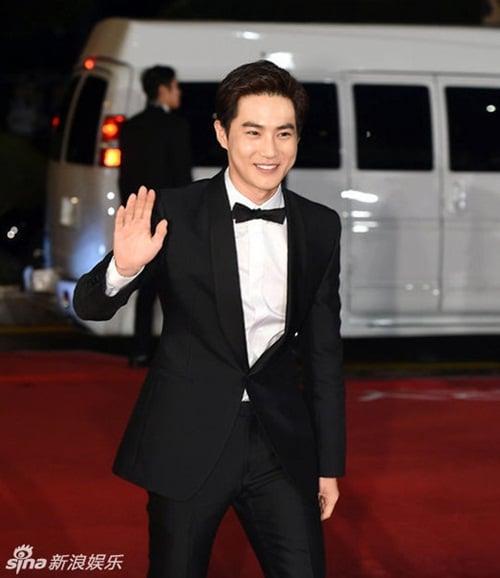Ha Ji Won, Son Ye Jin đọ sắc trên thảm đỏ LHP Quốc tế Busan 20