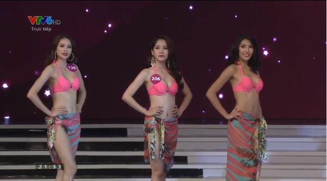 Thí sinh đăng quang Hoa hậu hoàn vũ Việt Nam 2015 10
