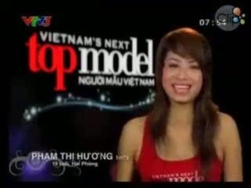 Những hoa hậu Việt sinh ra trong nghèo khó 3