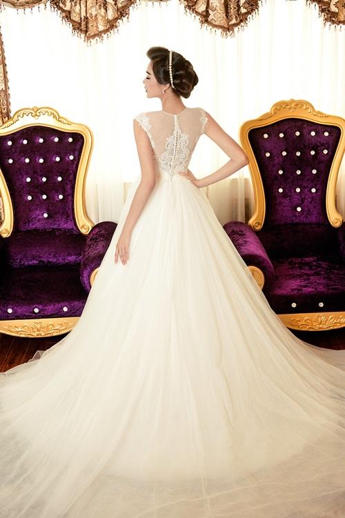 Á hậu Lệ Hằng quyến rũ với váy cưới 16
