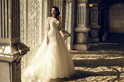 Á hậu Lệ Hằng quyến rũ với váy cưới 11