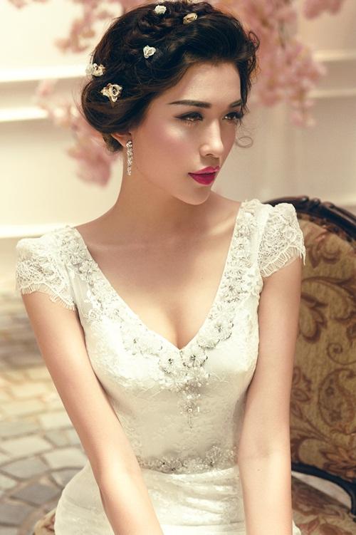 Á hậu Lệ Hằng quyến rũ với váy cưới 3