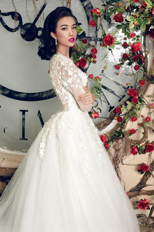 Á hậu Lệ Hằng quyến rũ với váy cưới 19
