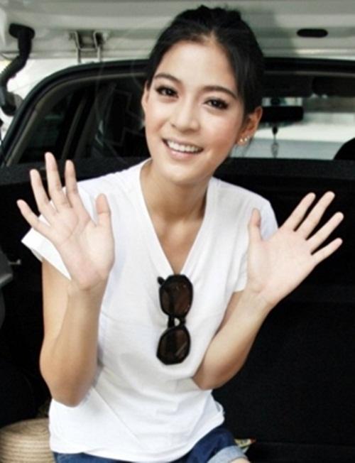 Ngắm dàn diễn viên trong phim ngắn Thái 'bị bạn thân giật bồ' gây sốt 8