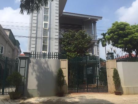 2 biệt thự chục tỷ của nữ đại gia giàu nhất Ứng Hòa, Hà Nội 1