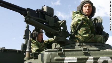 NATO: Nga đưa bộ binh tới Syria, không phận Thổ Nhĩ Kỳ lại bị xâm phạm 1
