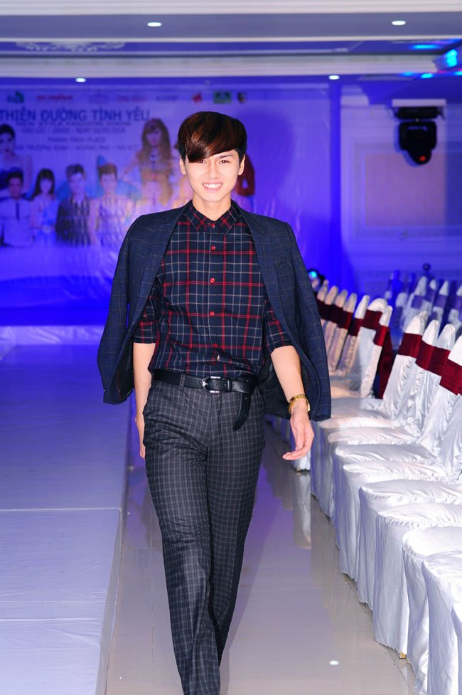 Nam người mẫu 9X tự do: vừa học, vừa chạy show 1