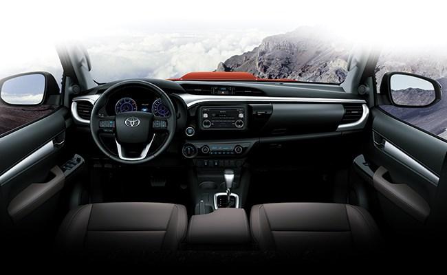 Toyota Hilux 2016 bán tại Việt Nam có thêm bản số tự động 2