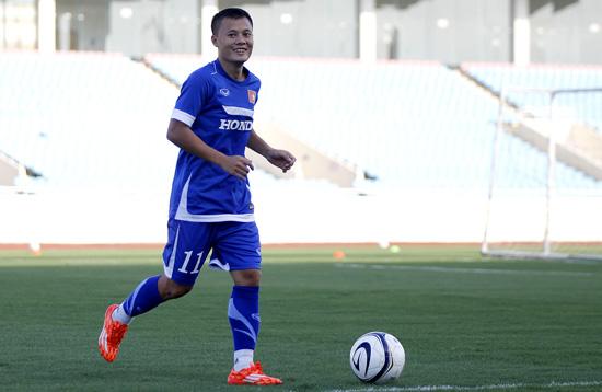 Quả bóng vàng Việt Nam 2014 bị gạch tên khỏi trận đấu với Iraq 1
