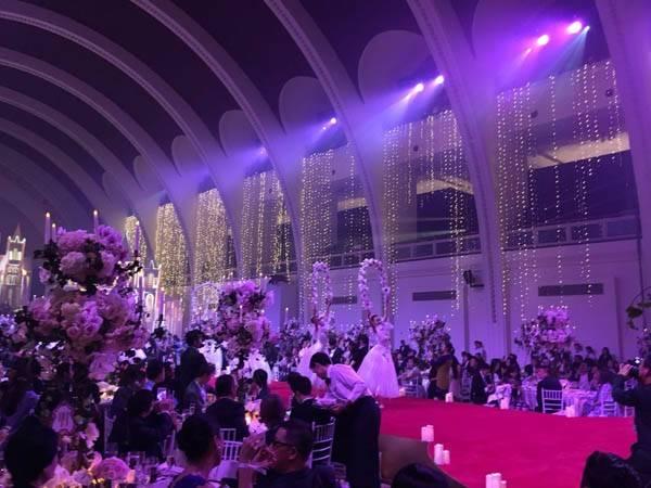 Huỳnh Hiểu Minh bật khóc trong hôn lễ 16