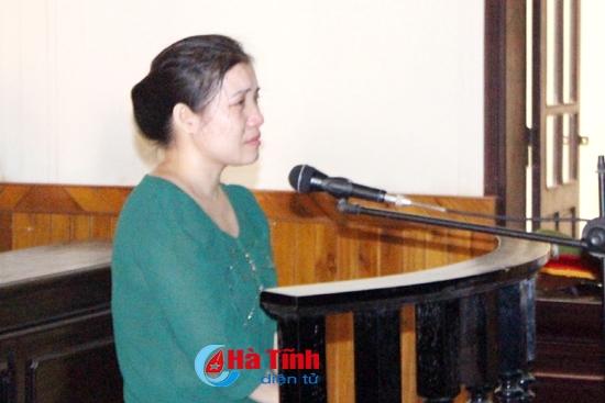 Cô giáo cấp 3 lừa tiền tỷ nhận án 16 năm tù 1
