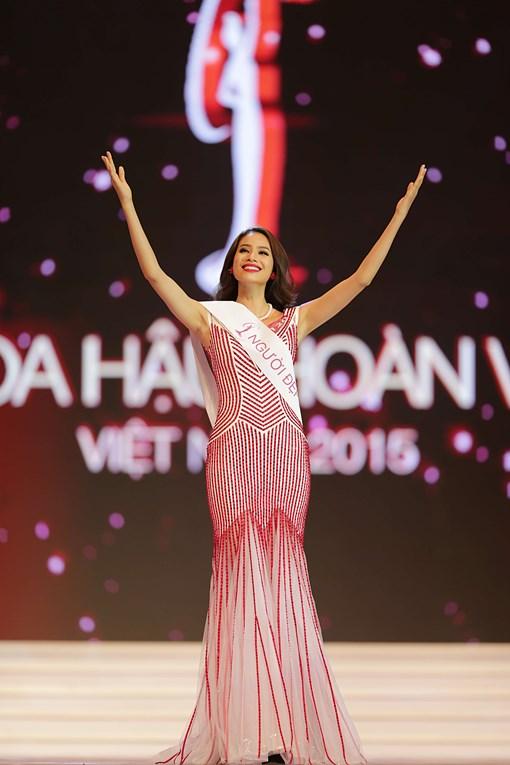 Hé lộ ảnh cấp 3 kém xinh của Hoa hậu Phạm Hương 8