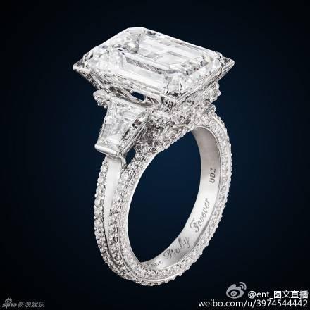 Huỳnh Hiểu Minh bật khóc trong hôn lễ 42