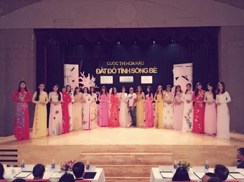 Ngọc Trinh bất ngờ dự thi 'Hoa hậu đất đỏ sông Bé' 1