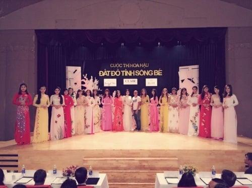 Ngọc Trinh bất ngờ dự thi 'Hoa hậu đất đỏ sông Bé' 4