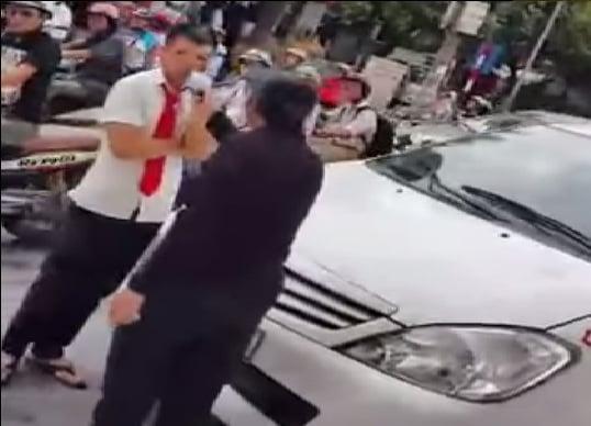 Ứng xử kiểu 'mạt sát' sau va chạm giao thông gây bức xúc 1