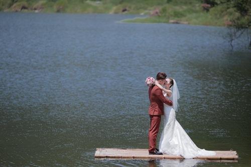 Vũ Duy Khánh tung ảnh cưới chính thức sau bộ ảnh hoán đổi giới tính 5
