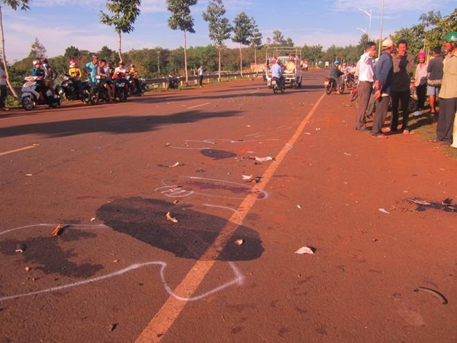 Nguyên thượng úy CSGT lái BMW tông chết 2 người bị truy tố 1