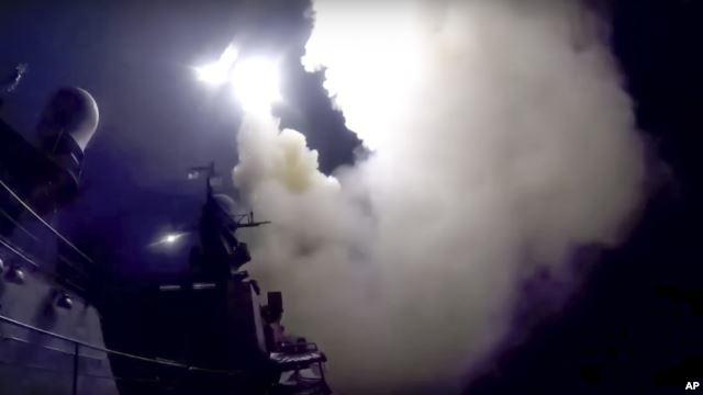 Mỹ: Tên lửa Nga bắn vào Syria rơi xuống Iran 1