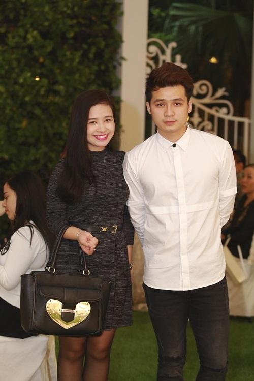 Tuấn Hưng cùng vợ tới mừng đám cưới Vũ Duy Khánh 2