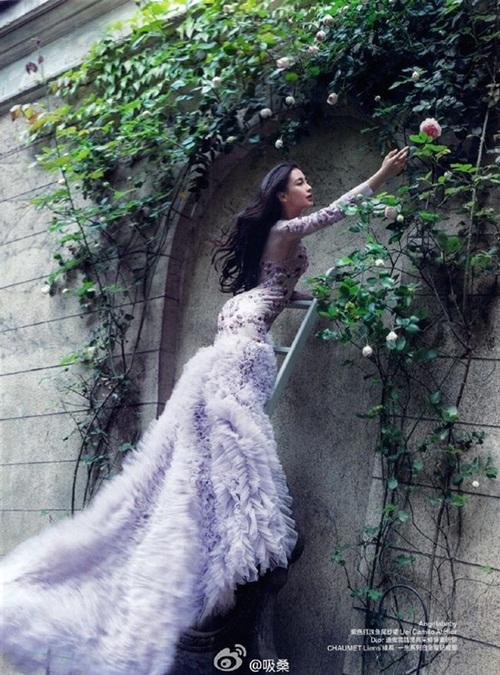 Huỳnh Hiểu Minh đeo tạp dề, rửa bát sau kết hôn 6