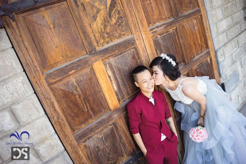 Bộ ảnh cưới lung linh của cặp đôi đồng tính Nha Trang 1