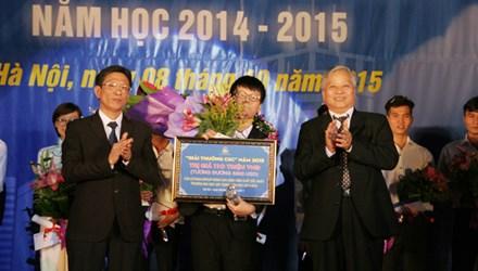 Nam sinh xuất sắc đạt giải thưởng CSC 5.000 USD 1