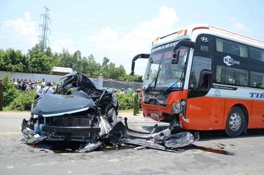 Tai nạn thảm khốc, 7 người chết: Tài xế xe khách đối diện 7 - 15 năm tù 1
