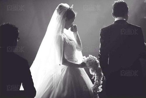 Angela Baby và Huỳnh Hiểu Minh tung bộ ảnh hài hước sau đám cưới 16