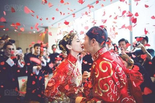 Angela Baby và Huỳnh Hiểu Minh tung bộ ảnh hài hước sau đám cưới 7