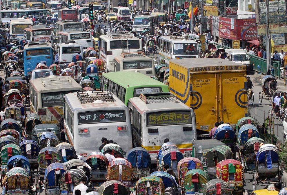 Cảnh tắc đường khủng khiếp ở VN và các nước trên thế giới 18