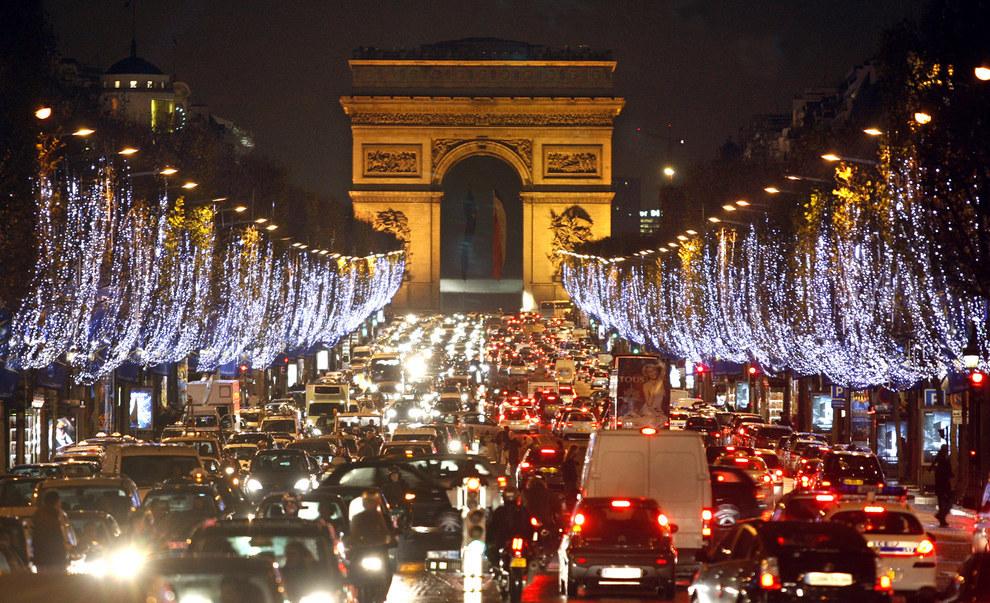Cảnh tắc đường khủng khiếp ở VN và các nước trên thế giới 22