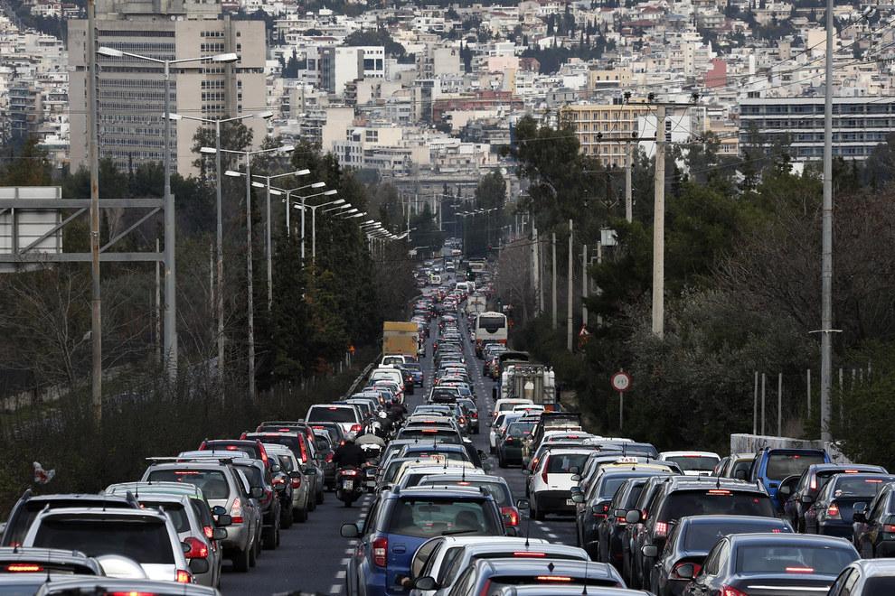 Cảnh tắc đường khủng khiếp ở VN và các nước trên thế giới 17
