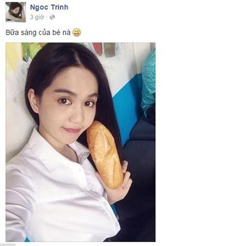 Facebook sao Việt: Ngọc Trinh khoe bữa sáng chỉ với một cái bánh mỳ 1