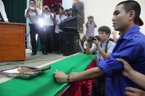 Kẻ gây ra thảm án 4 người ở Nghệ An xin tha tội chết 1