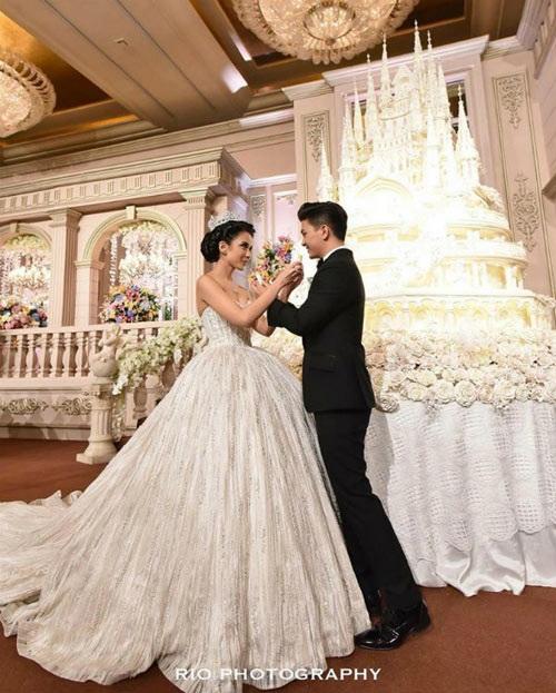 Đám cưới xa hoa, hoành tráng không thua kém Huỳnh Hiểu Minh của diễn viên Indonesia 5