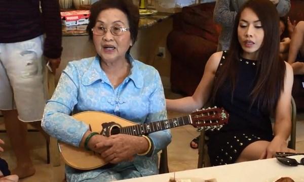 Hoài Linh tiết lộ hai người phụ nữ mà suốt đời khó quên 4