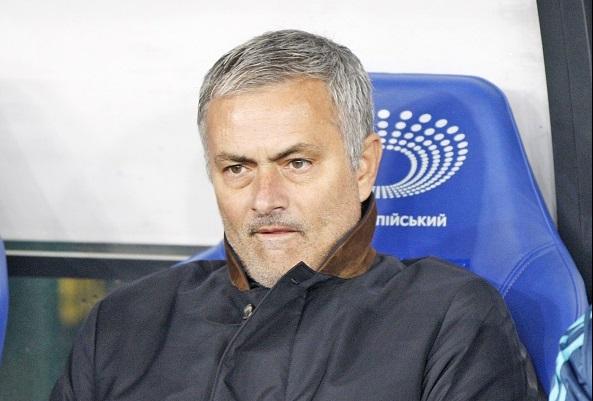 Bị cầm hòa, Mourinho chê trọng tài 'yếu đuối và ngây thơ' 1