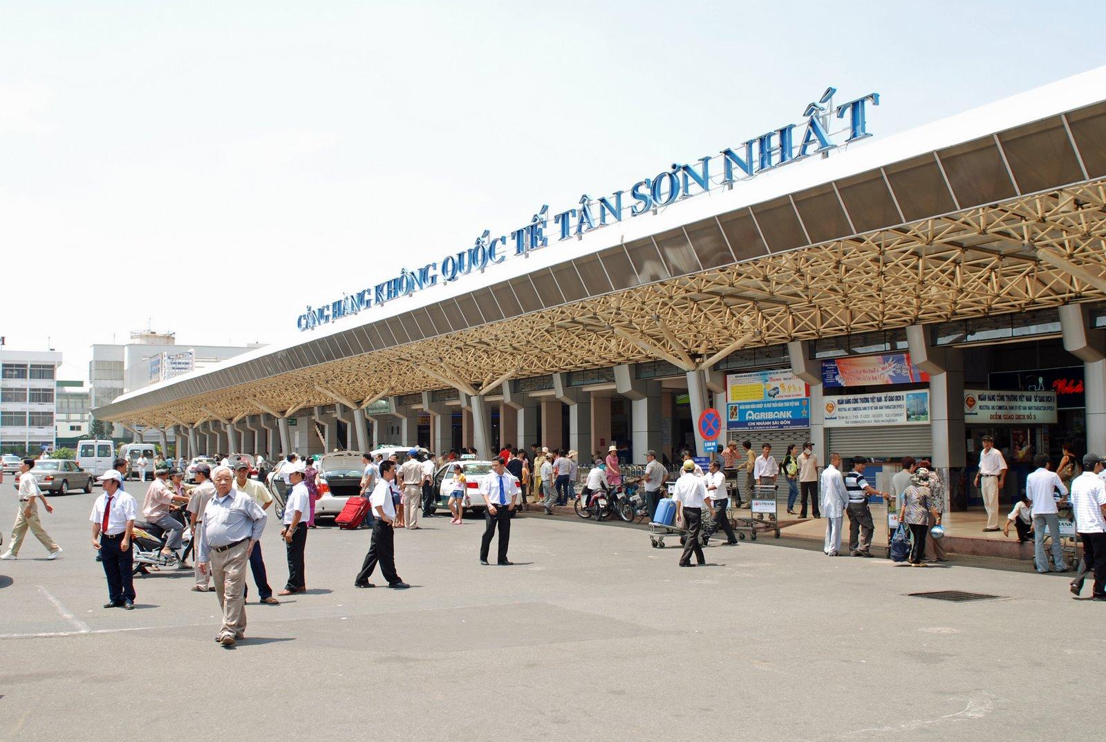 Tân Sơn Nhất bị xếp loại kém, giám đốc sân bay nói gì? 1