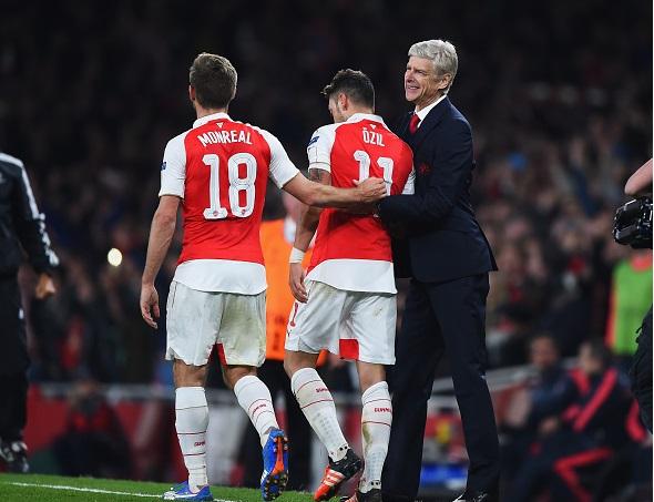 HLV Wenger phấn khích khi Arsenal đánh bại Bayern Munich 1