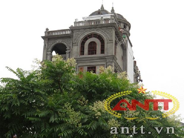 Chiêm ngưỡng hàng cổng đắt giá nhất của đại gia Việt 1